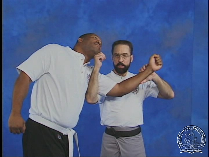 Reflex Action - Training Drills to Fighting Skills With Bob Orlando - Phản Ứng Nhanh Trong Chiến Đâu - Picture 03