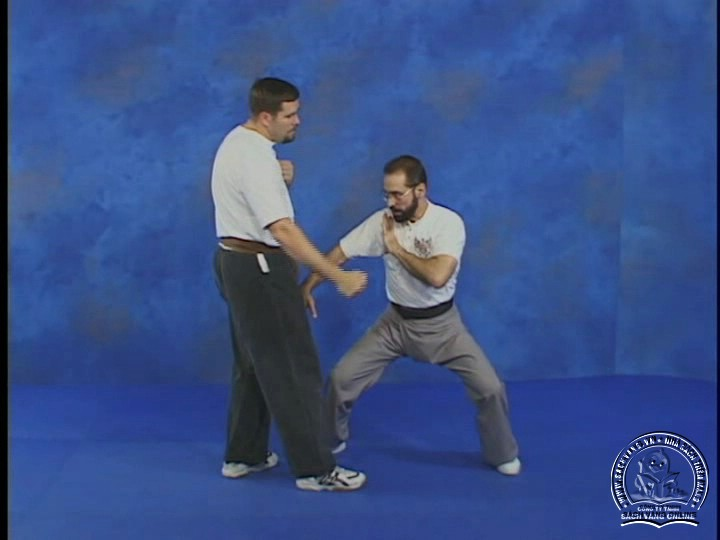 Reflex Action - Training Drills to Fighting Skills With Bob Orlando - Phản Ứng Nhanh Trong Chiến Đâu - Picture 04