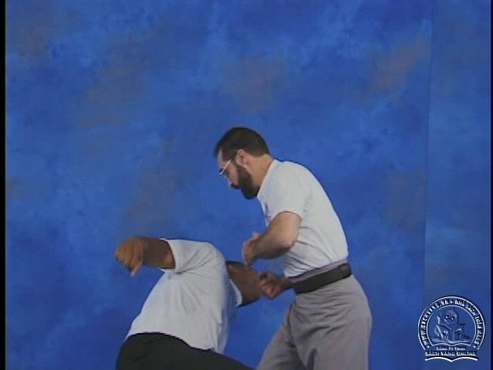 Reflex Action - Training Drills to Fighting Skills With Bob Orlando - Phản Ứng Nhanh Trong Chiến Đâu - Picture 06