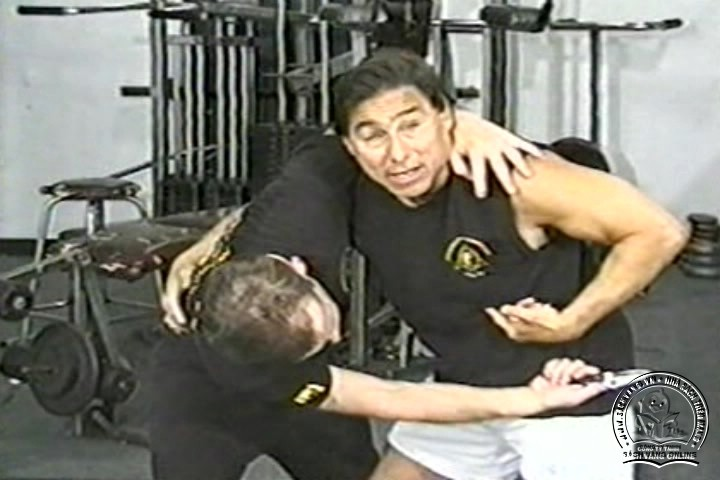 The Reality of Edged Weapons with Joe Maffei - Phương Pháp Chống Dao Thực Dụng - Picture 04