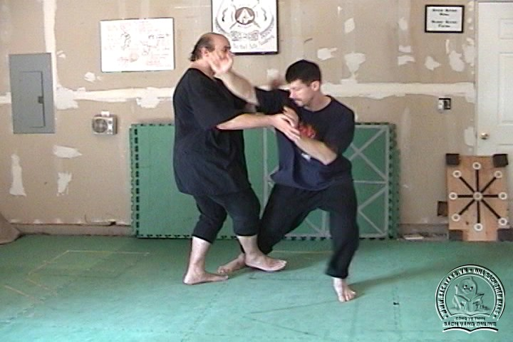 Silat Private Training by Bobbe Edmonds - Tự Luyện Silat Tại Nhà - Pictures 04