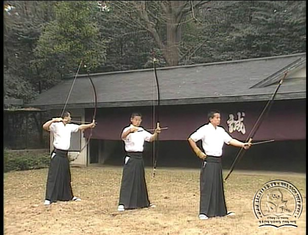 The Official Guidence Of KYUDO - Tự Luyện Bắn Cung Nhật Bản - Picture 06