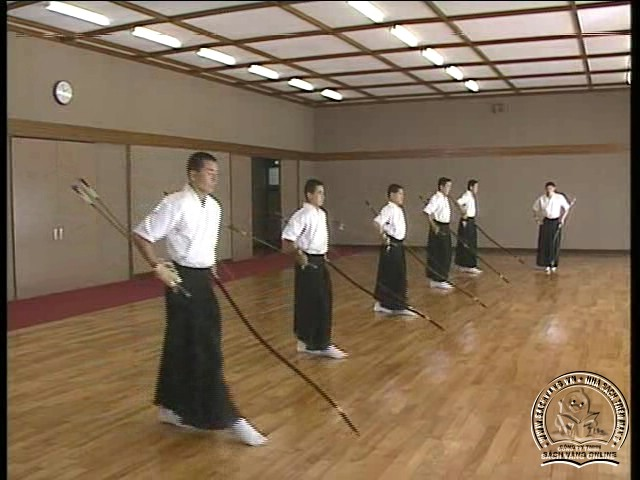 The Official Guidence Of KYUDO - Tự Luyện Bắn Cung Nhật Bản - Picture 08